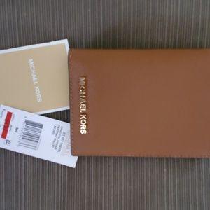 Michael Kors Jet Set Travel Passport Wallet